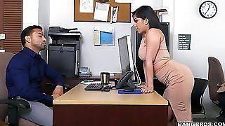 Peep reccomend office caught
