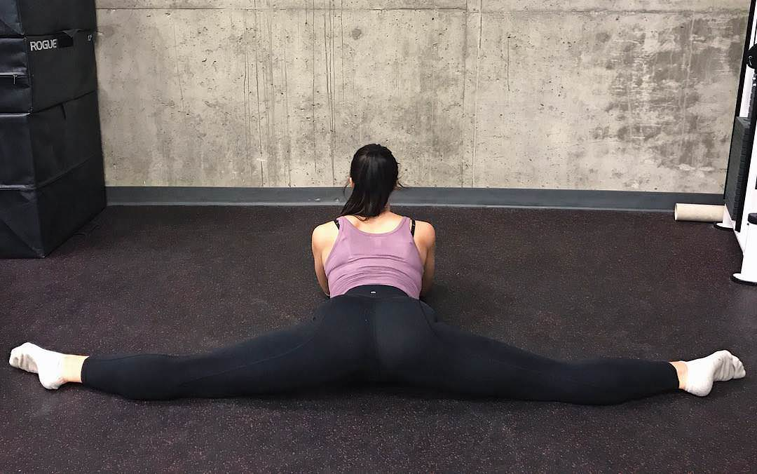 Girls in yoga pants thicc porm Thick Yoga Girl Porno Top Rated Pics Site