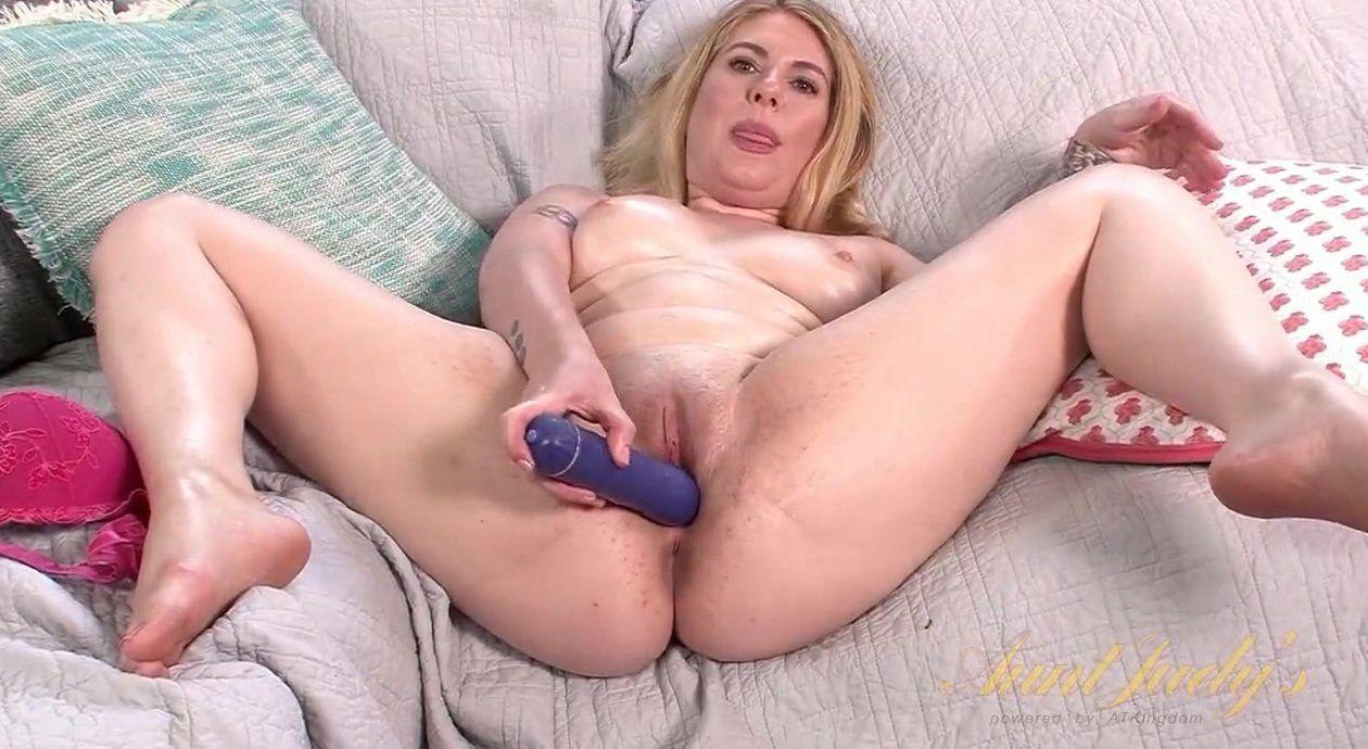 4-Wheel D. reccomend Women masturbation xxx video