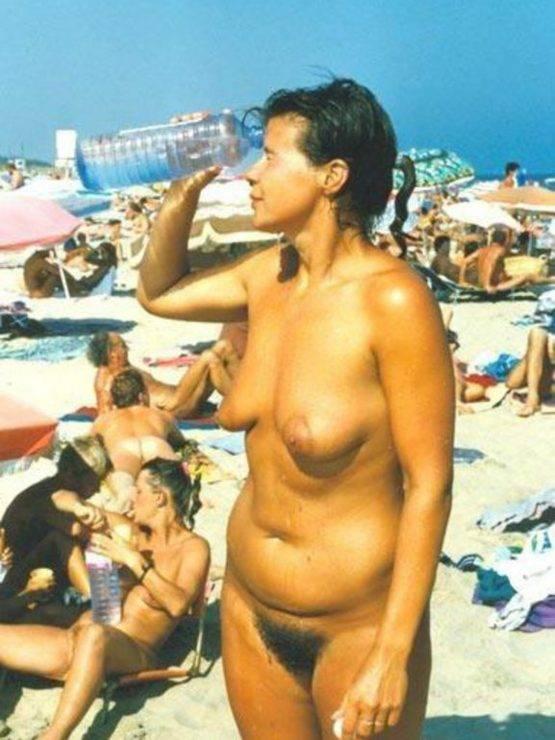 Budweiser reccomend Snoopy Nude Beach