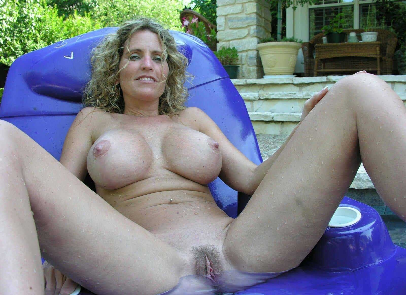 Recruit reccomend amateur milf fake tits