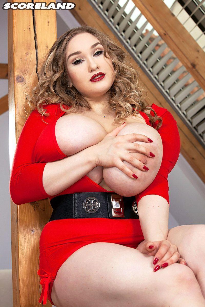 Captian R. reccomend Cheryl big tit mature