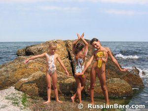 The B. recomended sample family Naturist nudist