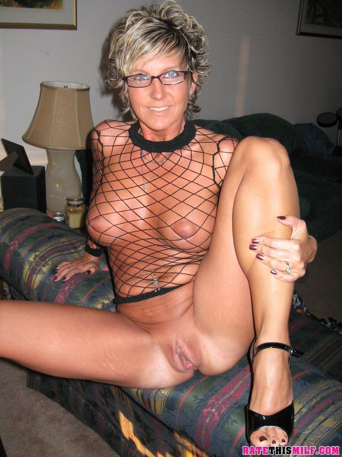 Officer recommendet picture Amateure milf