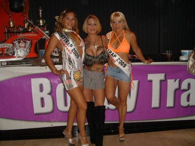 best of Labares woman Club strip
