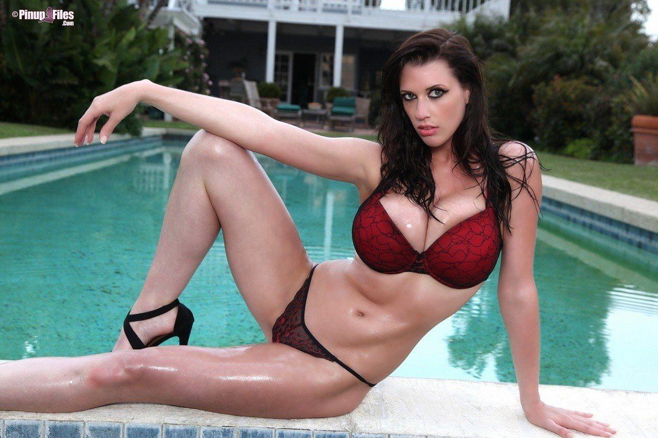 Sexy bikini porn stars