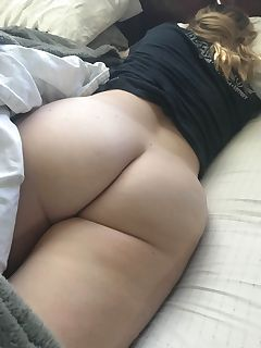 Big booty girls in sleep pics
