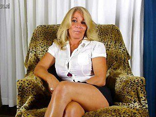Space G. reccomend upskirt woman Mature wear