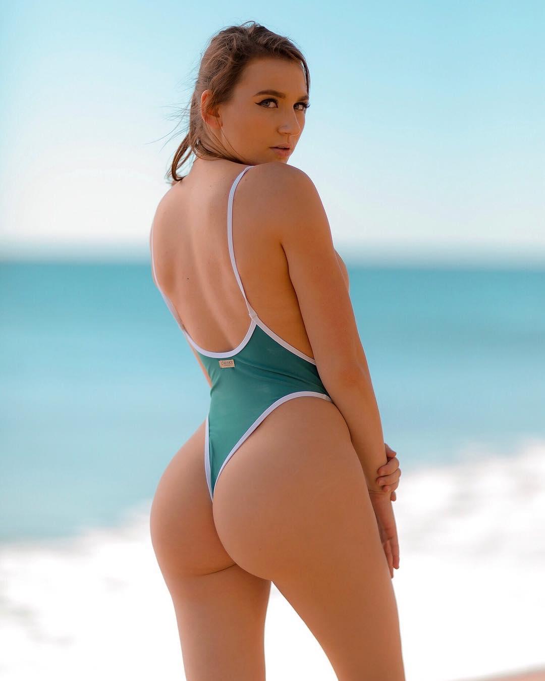 Shut O. reccomend Blue anchor bikini