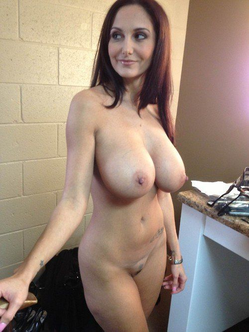 Sierra reccomend Hot looking moms nude