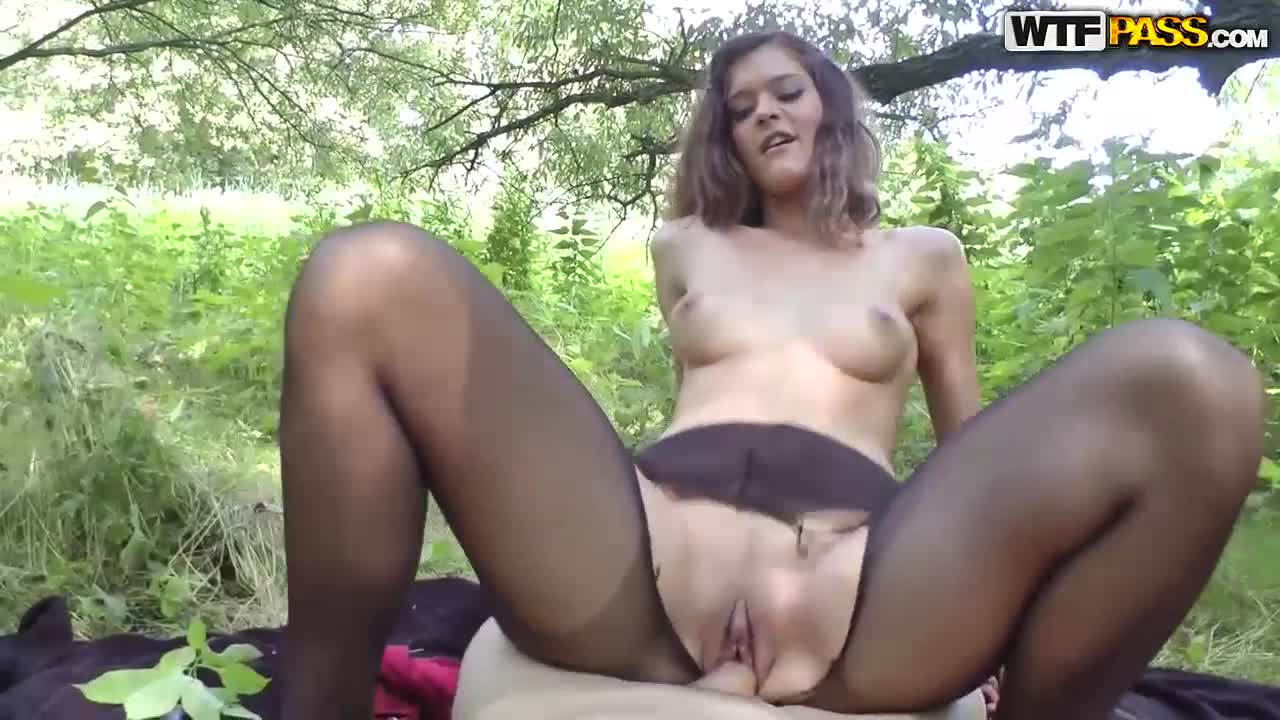 Sex outdoors locations