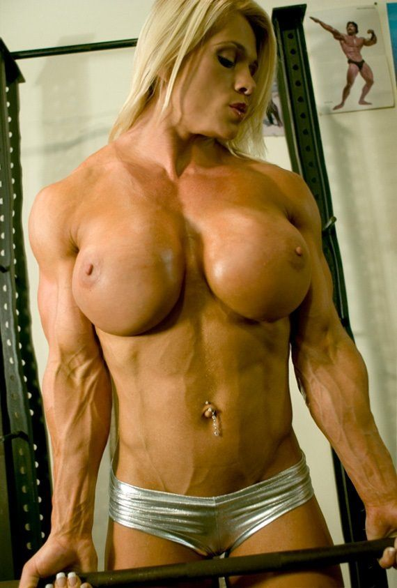 Louis-Vuitton recommendet women with muscle tits Sexy big