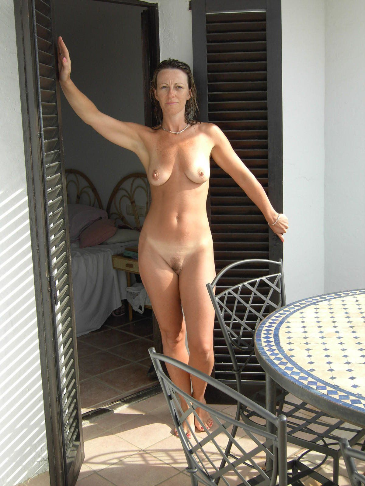 Sexy nude amatuer cougars