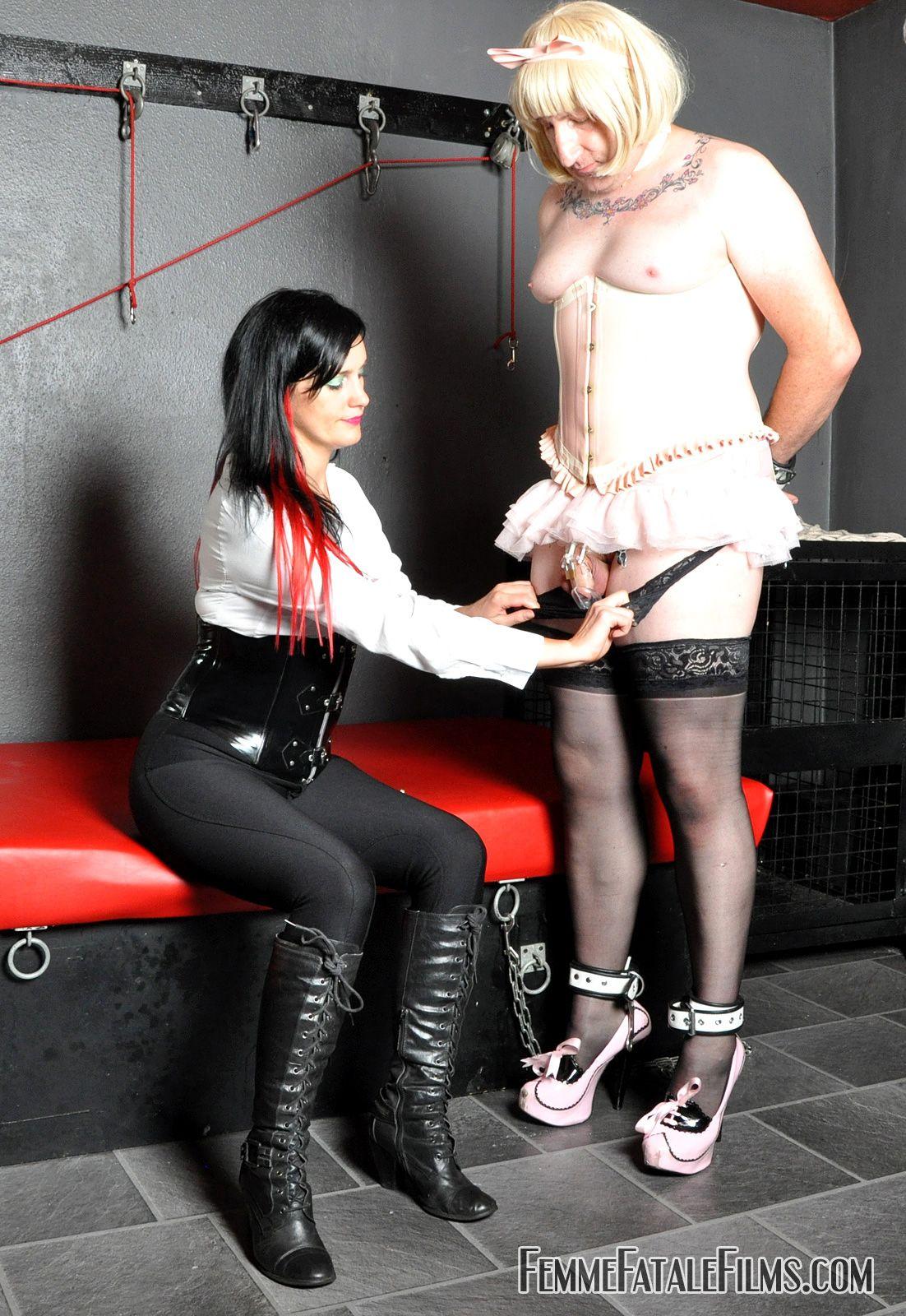 Sissys in bondage free pics